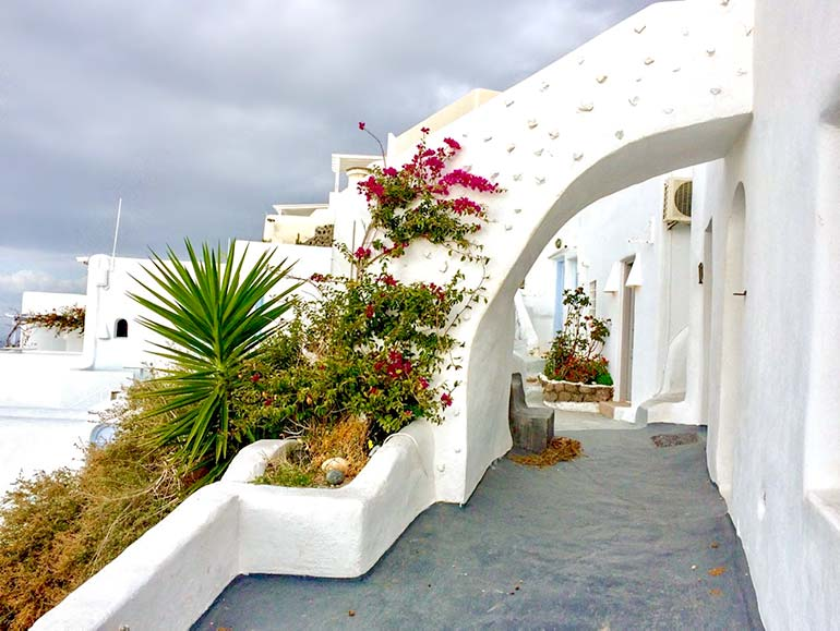 The pretty laneways of Imerovigli, Santorini