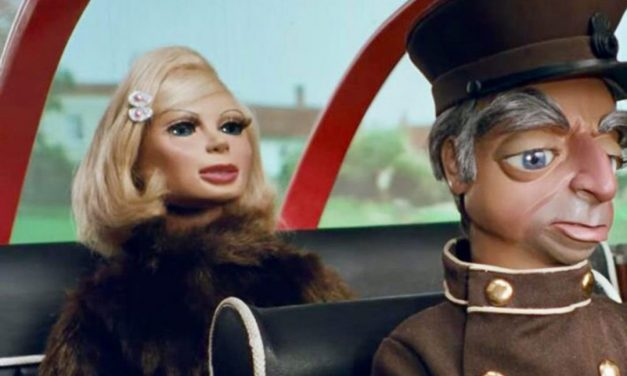 Driving Personas – 'Lady Penelope and Parker'