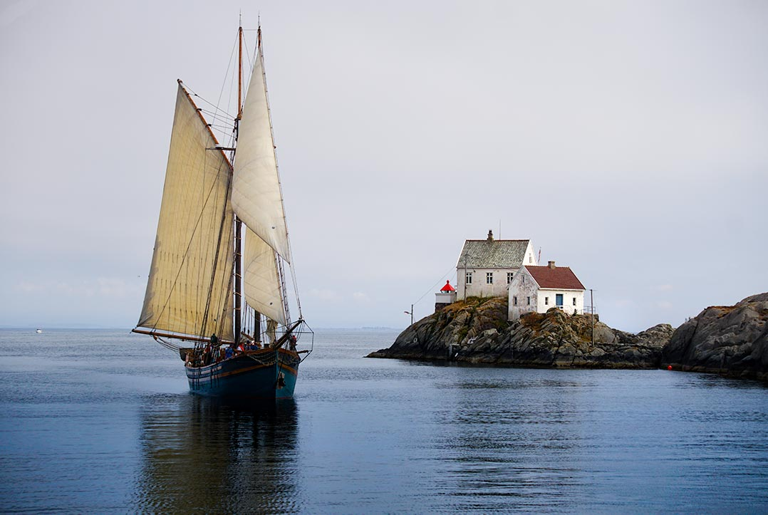 Tall ship entering the harbour at Skudeneshavn