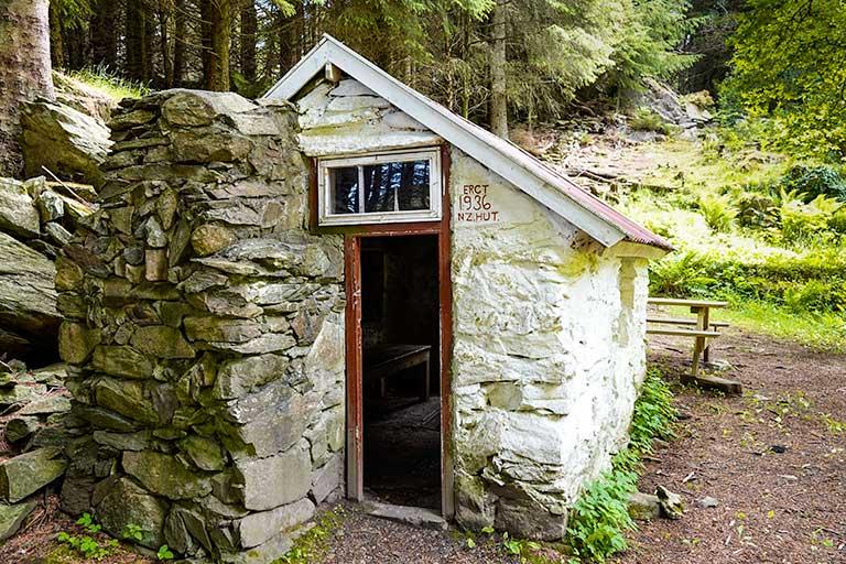 New Zealand Hut in Skudeneshavn Forest