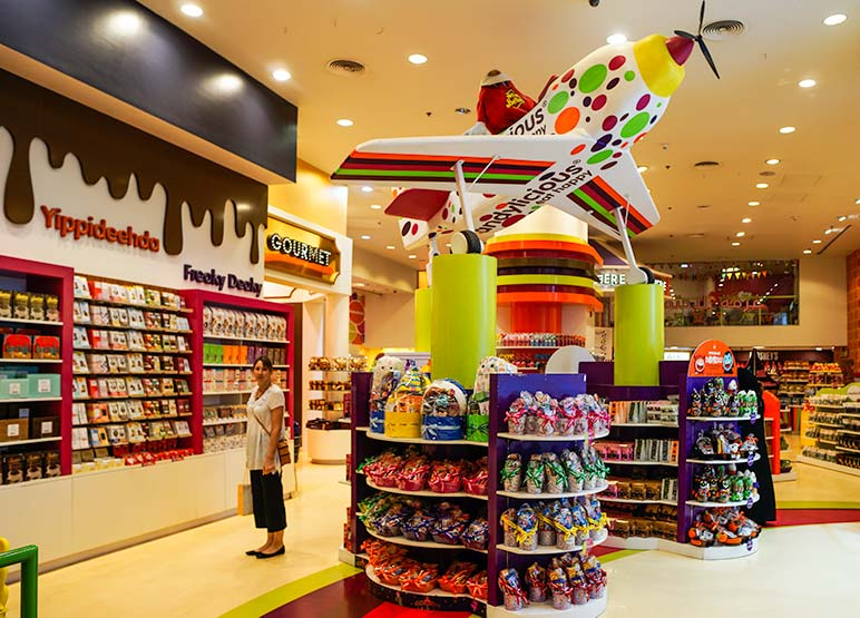 The dazzling colourful Dubai Mall shops
