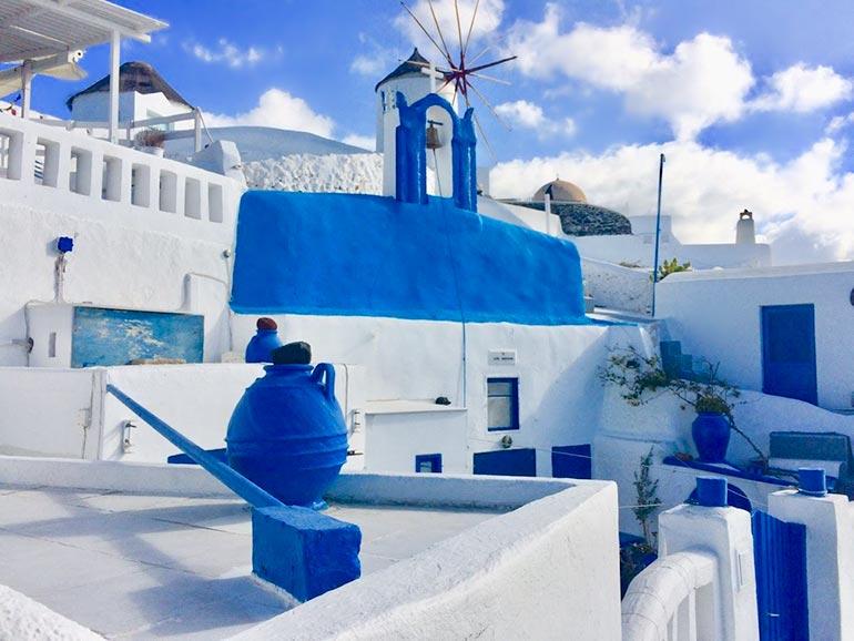 Santorini blue and white buildings