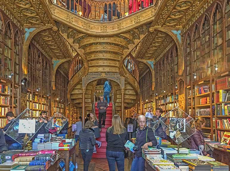 Livraria Lello & Irmao Historic Book Store - One day in Porto