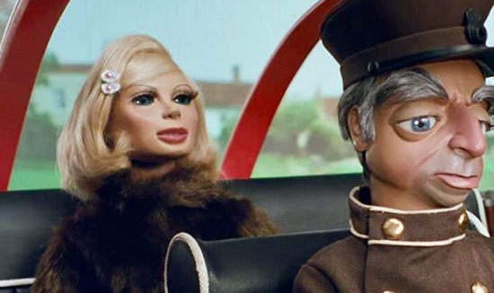 Lady Penelope and Parker inside the car