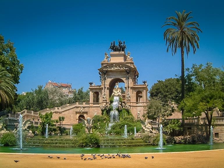 Fountain in Parc de la Ciutadella with a lake and fountain