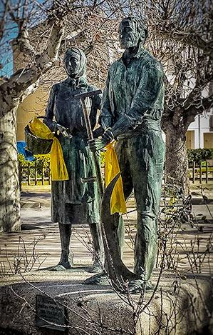 Santa Coloma de Queralt Statue