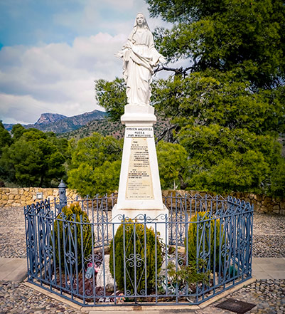 Virgin Mary Viewpoint in Sierra espuna- statue of virgin Mary