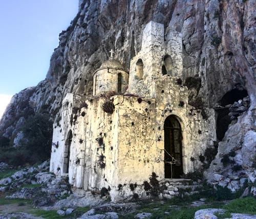 12th-century-byzantine-church