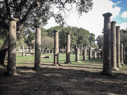Olympia old columns