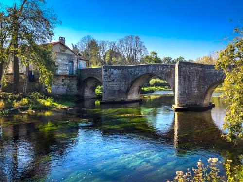 Bourdeilles Bridge Dordogne