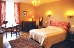 Elianes gite bedroom with double bed