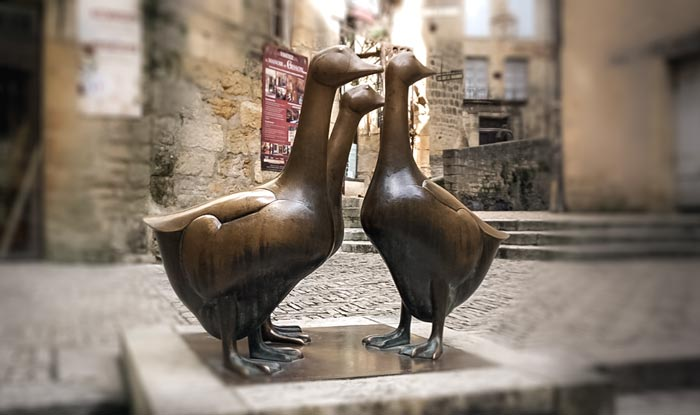 French-Geese-Statue