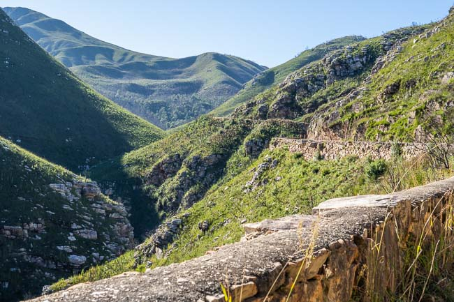 montagu pass and original stone walls