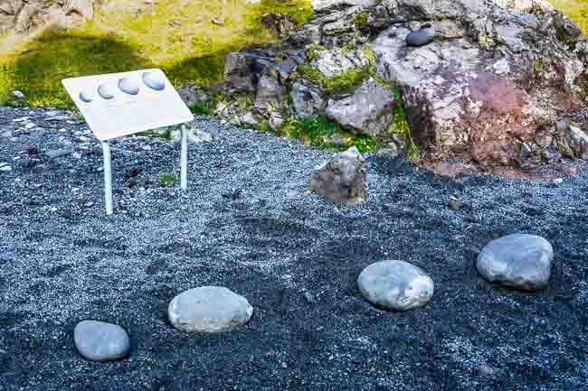 lifting stones, Iceland