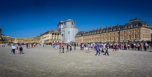Palace of Versailles-queue