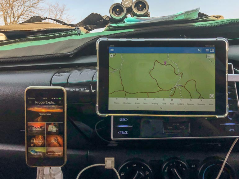 kruger safari accessories Tablet and iphone mounted